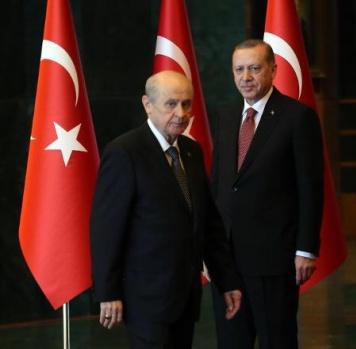 FT: Anket Sonuçları Erdoğan'ı Fena Sarsıyor!