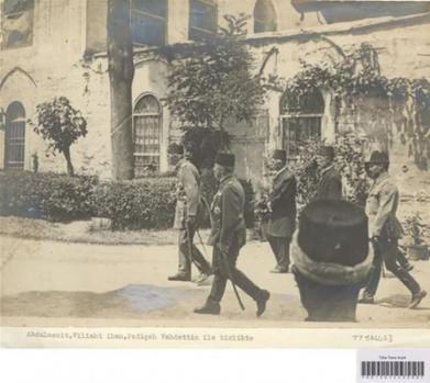 İngiliz Askerleri İstiklal Caddesi'nde!