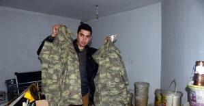 O Bir Türk Askeri Ama Sokakta Yaşıyor...