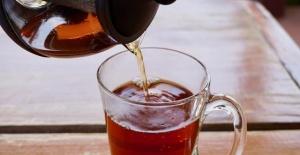 Kahvaltıda Çay İçenler Dikkat!