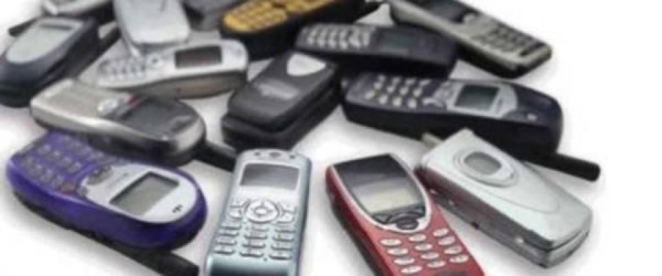 Akıllı Olmayan Telefon Satışları Patladı!