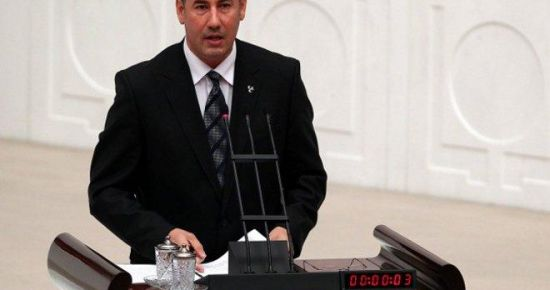 AKP-PKK SİYAM İKİZLERİ GİBİ...