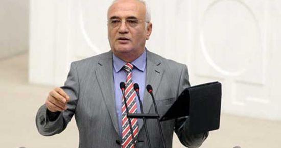 AKP: YARIN TARİHİ BİR GÜN OLACAK