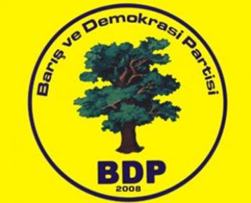 'DEMOKRATİK ÖZERKLİK ONAYLANDI'