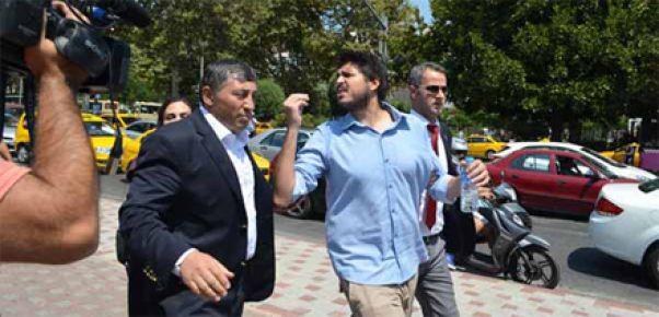 ERDOĞAN'A ŞOK PROTESTO: 3 GÖZALTI!