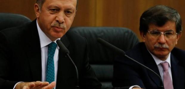 ERDOĞANSIZ AKP ERİYOR...