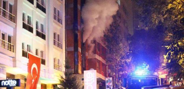 İSTANBUL'DA 93 KİŞİYE GÖZALTI...