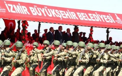 İZMİR'DE KURTULUŞ COŞKUSU...