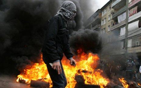 KÜRTLER DE PKK'YA İSYAN EDİYOR!