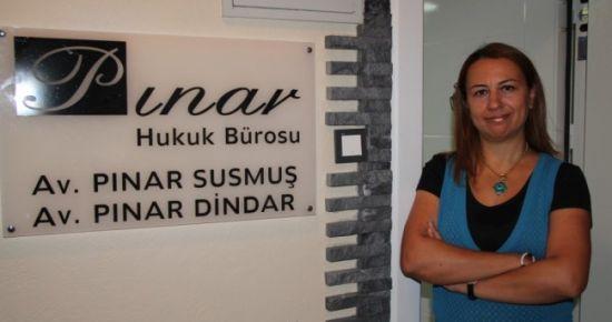 PINAR SUSMUŞ OFİSİNDE BULUŞTURACAK