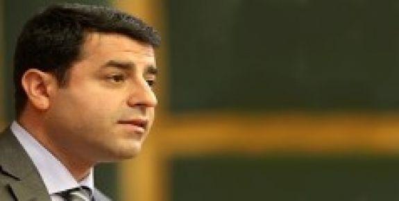 'PKK SİLAHLARI SUSTURSUN'