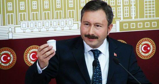 'SENİN PARTİNDEN İSTİFA EDEN KAFİR OLMUYOR'