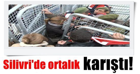 SİLİVRİ'DE BİBER GAZI VE COP...