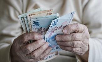 Binlerce Emekliye 3 Yıl Zam Yok!