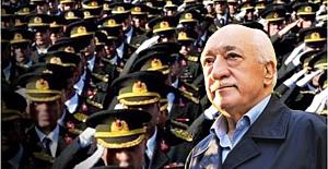 GENERALE RÜTBESİNİ 'GÜLEN' TAKMIŞ!