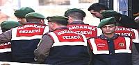 AKP'Lİ VEKİLİ ARAMIŞ ARDARDA...