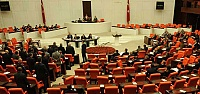 YORGANINI KAPAN VEKİL MECLİS'E KOŞTU!