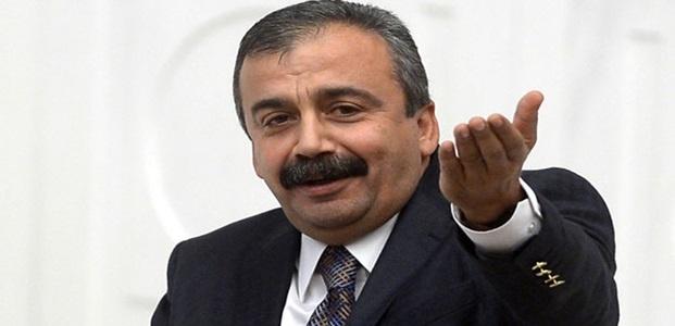 'TÜRK'ÜM TEDAVİ OLUYORUM'