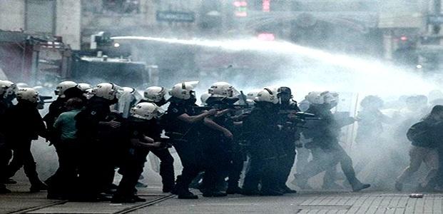 YİNE POLİS.. YİNE SERT MÜDAHALE...