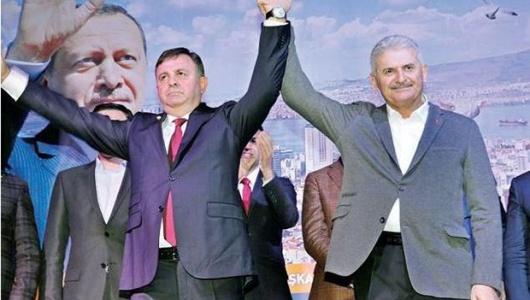 İŞTE AK PARTİ İZMİR'İN YENİ İL BAŞKANI!