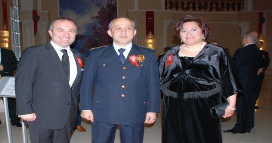 KAYA İZMİR'DE POLİS GECESİ