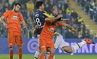 Fenerbahçe Başakşehir'le Rahat Bir Nefes Aldı: 4-1