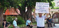 AKP'Lİ ÜYEDEN SERT PROTESTO...