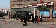 CHP ÖNÜNDE DURAN ADAM EYLEMİ!