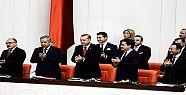 'HÜKÜMET ÖLDÜ, CENAZESİ NASIL KALKACAK'