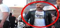 POLİS HER YERDE ONU ARIYOR...