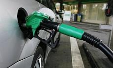 Benzin ve Motorine Rekor Zam Bu Gece...
